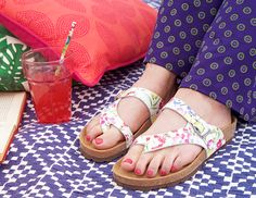 Wilma Bright, floral printed sandals | Moshulu