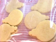 Cookie freezing tips from cookie expert and author of Decorating Cookies, Bridget Edwards Frozen Cookies, Xmas Cookies, No Bake Cookies, Sugar Cookies, Cookie Buffet, Cookie Bars, Cookie Recipes, Snack Recipes, Dessert Recipes