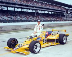 1982 Pete Halsmer Colonial Bread / Pay Less (Frank Arciero) Eagle / Chevy Indy Car Racing, Indy Cars, Rally Car, Police Cars, Race Cars, Dan Gurney, Indianapolis Motor Speedway, Speed Racer, Vintage Race Car