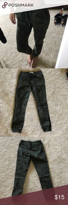 Camo Jogger-Style Chinos never worn, bought at Cotton On New Zealand. tag says USA 2, i am a size 0 and they fit me fine but just not my style Cotton On Pants Track Pants & Joggers