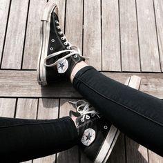 chuck taylors  //shoes // footwear // converse // black // style // fashion