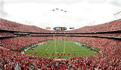 Insiders know that Hall of Famer Derrick Thomas always played better after a flyover reminded him of his father, who died during a mission in the Vietnam War. Kansas City Chiefs Football, Pittsburgh Steelers, Dallas Cowboys, Kc Cheifs, Arrowhead Stadium, Sporting Kansas City, Nfl Stadiums, City Pride, Kansas City Missouri