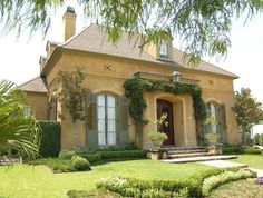 Landscape French Country House Design, Pictures, Remodel, Decor and Ideas.