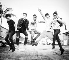 Read from the story Memes de CNCO by TeamCNCOwnerss (CNCO 💫) with reads. Cnco Richard, Instagram Photo Video, Five Guys, Prince Royce, Charlie Puth, Latin Music, Ricky Martin, Friend Pictures, Cool Bands