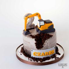 2nd Birthday Cake Boy, Truck Birthday Cakes, Dinosaur Birthday Cakes, Truck Cakes, Excavator Cake, Beautiful Birthday Cakes, Cakes For Boys, Easy Cake Recipes, Food Cakes