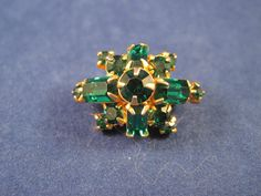 Vintage Gold-tone Pin with a Cluster of Dark green emerald colored Rhinestone   #Unbranded