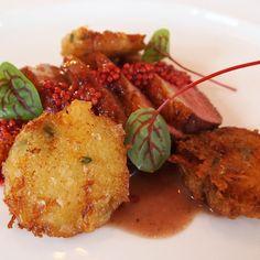 Eendenborstfilet met rood mosterdzaad en tijmrösti | Lacroix