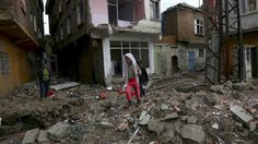 7 blasts in 10 minutes rock pro-Kurdish city Diyarbakır embattled by Turkish forces http://ift.tt/1pi97go   At least seven blasts within 10 minutes have been reported in a suburb of Diyarbakır the largest city in the Kurdish southeast of Turkey which has been a scene of long security operation launched by Ankara against PKK fighters.Read Full Article at RT.com Source : 7 blasts in 10 minutes rock pro-Kurdish city Diyarbakır embattled by Turkish forces  The post 7 blasts in 10 minutes rock…