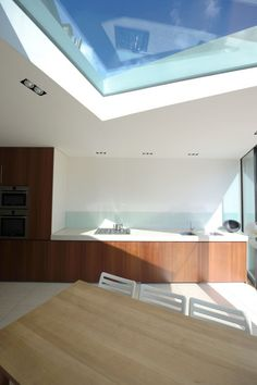 Faceted House, a Modern Rear Extension to an Old London Townhouse. Interior 2
