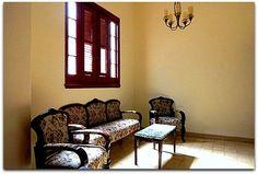 Detalle del interior del apartamento.Sala. Cuba, Home Decor, Apartments, Flats, Shared Bathroom, Windows, Live, Interiors, Decoration Home