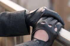 I LOVE LEATHER | Klára Nekulová Leather Driving Gloves, Leather Gloves, Leather Men, Black Leather, Beard Suit, Gloves Fashion, Mens Gloves, Kaz Brekker, Timeless Fashion