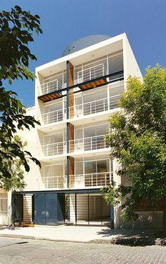 CANDA GAZANEO UNGAR arquitectos - Argentina. Edificio de viviendas en calle Pumacahua 561 - Buenos Aires