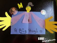 "Such a cute craft for kids to make -- how to make a ""big hug"" card!"