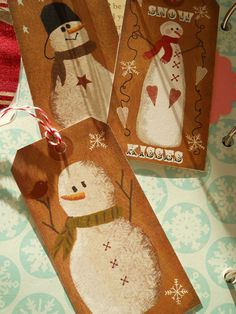 Snowman Primitive Gift Tags.  Would be fun to make big tags for the door instead of a wreath.
