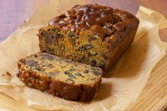 Date Nut Persimmon Bread from Stephanie at Recipe Renovator | Gluten-free and vegan, low sugar