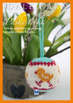 Knittede easter baubles by Arne and Carlo. Crochet Home, Knit Crochet, Bird Ornaments, Christmas Knitting, Crochet Animals, Knitting Projects, Tree Decorations, Happy Easter, Easter Eggs