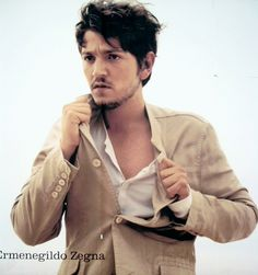 diego luna again, if you see his look alike please let me know hehe