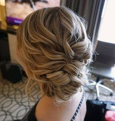 romantic curled updo | bridesmaid hairstyle inspiration | wedding hair ideas | #updo #weddinghair #wedding #promhair #hairstyle