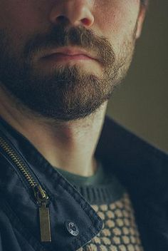 Oz at Skyline Downtown Salon | 5 lesser Known Benefits of Beards