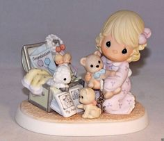 Precious Moments Limited Edition 25th Anniversary Figurine-Collecting Life's
