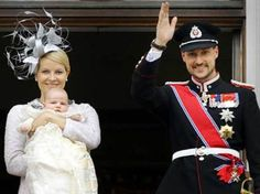 The Crown Prince and Crown Princess with Princess Ingrid Alexandra at the Palace balcony after the christening - Norway 2004