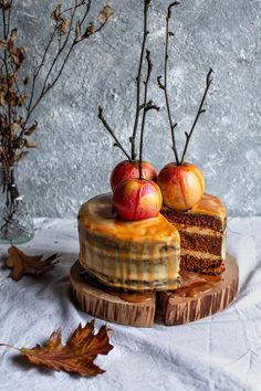 Good Food, Yummy Food, Bon Appetit, Camembert Cheese, Coffee Shop, Halloween Party, Cake Recipes, Food And Drink, Sweets