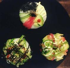 De los inventores de la sushi hamburguesa, llega a nuestras mesas y sobre todo a nuestras redes sociales, el sushi dónut. Una tendencia gastro que consiste en dar forma de rosquilla a una pieza de sushi. #sushi #alimentación #recetas #pescado #healthy