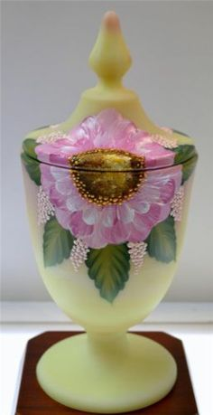 Hearty Fenton Stretch Glass Velva Rose Pink Satin Lidded Candy Dish Dolphin Handles High Resilience Art Glass