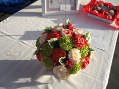 The CindysConfections.com Blog: Spotlight: Cupcake Bouquets with sugar artist Jennifer Walleen!!