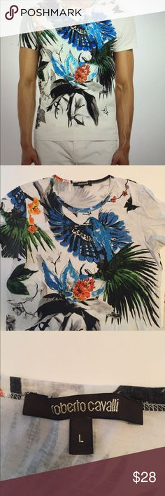 Roberto Cavalli T shirt parrot flower butterfly-L Authentic Roberto Cavalli Spa t shirt in good condition size large 100% cotton made in Italy Roberto Cavalli Shirts Tees - Short Sleeve