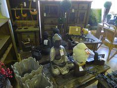 Mixed decoration stuff in our shop, you can see rustic irons, furnitures, budhas etc. - Algunos de nuestros productos de decoración en la tienda, se pueden ver planchas rústicas, muebles, budas y algunas cosas más :)
