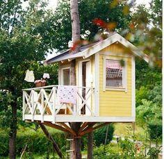 A small nice Treehouse
