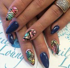 Nail Lounge - Nail Art - Stiletto Nails