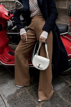 Delvaux, Delvaux Bag, Bag, Mutin, Mutin Bag, Mutin Mini, white bag, outfit, chairs, paris, oracle fox, amanda shadforth