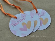 Make Your Own Baby Shower Favors   How Create Your Own Baby Shower Favor  Labels Ehowcom