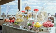Display and unique vessels are very important for a eye-appealing candy buffet. Also like the idea of white candies. Lolly Buffet, Dessert Buffet, Candy Buffet, Baby Shower Candy Table, Wedding Cake Bakery, Sweet Buffet, Sweet Station, Christening Party, Wedding Candy