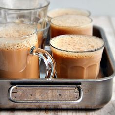 singapore shiok!: teh tarik (pulled tea)