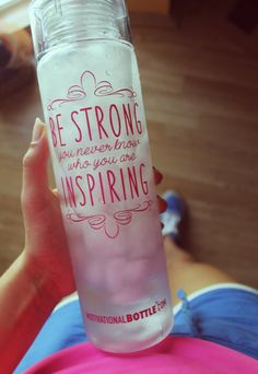 The Best Motivational Water Bottles - Sports Water Bottle --- If you are looking for a new water bottle that will keep track of your daily water intake or just a little motivation, you're at the right place! ---- It can be a great present for Valentine's day too :)