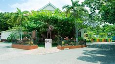 Visit the Bob Marley Museum, in Kingston, the former home turned museum of reggae legend Bob Marley Visit Jamaica, Negril Jamaica, Montego Bay, Bob Marley History, Attractions In Jamaica, Greater Antilles, Jamaican Music, Ocho Rios, Travel And Leisure