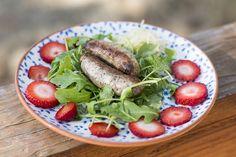 Sausage Breakfast Salad from itsmecharlotte.com #AIP #autoimmunepaleo #autoimmuneprotocol #AIPbreakfast
