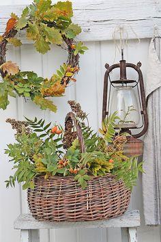 VIBEKE DESIGN: Enkel og vakker høstinspirasjon! - I especially love the oak leaf wreath