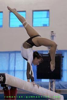 Catalina Ponor, so amazing on beam!
