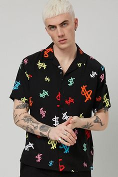 Stylish Eve Outfits, Cute Casual Outfits, Casual Shirts, Mens Clothing Guide, New Fashion Shirts, Camisa Floral, Tropical Outfit, Forever 21, New T Shirt Design