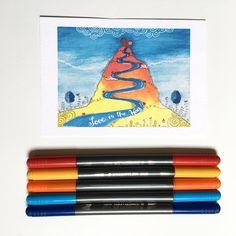 In meiner kleinen Zauberwelt gibt es einen Zauberberg. Den Weg auf den Gipfel finden nur Menschen mit Liebe im Herzen. Diese Karte ist ein schönes Liebes Geschenk :-) ! Vielleicht hast du ja Lust eine Schneckenpost a la Carte zu verschicken :-) !  #daskartenmaedchen I Card, Poster, My Love, Illustration, Cards, Ship It, Snails, People, Nice Asses