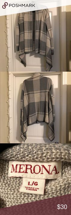 (NWOT) Merona Checkered Lightweight Cardigan I have too many cardigans and I have never worn this one so out it goes 😂 It's a lovely cardigan, very soft, and very warm. I'm trying to get my closet under control so sadly I have to let go of some really nice pieces! Size L, never worn! Merona Sweaters Cardigans