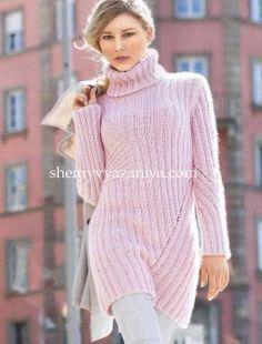 Длинный пуловер диагональным узором