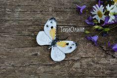 Бабочка https://www.livemaster.ru/item/21817155-ukrasheniya-tekstilnaya-boho-brosh-babochka #бабочка #брошь #легкаяброшь #бохо #текстильныеукрашения