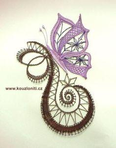 Kouzlo nití Romanian Lace, Bobbin Lacemaking, Lace Art, Bobbin Lace Patterns, Crochet Butterfly, Point Lace, Lace Jewelry, Linens And Lace, Needle Lace
