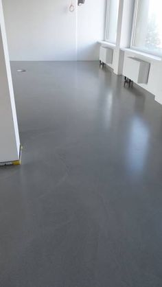 Jointless screed floors, concrete floor, loft floor mineral-filled: cement … - Home Decor Ideas! Basement Flooring Options, Loft Flooring, Screed Floors, Concrete Floors, Stained Concrete, Home Remodeling, Sweet Home, New Homes, Interior Design