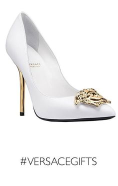 Heels withe with golden stiletto and nose rose pic. Fab Shoes, White Shoes, Shoes Heels, Stilettos, High Heels, Pumps, Guess Shoes, Me Too Shoes, Versace Heels